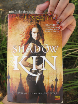Manicure Monday (65): Shadow Kin