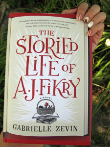 Manicure Monday (68): The Storied Life of A.J. Fikry