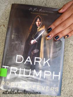 Manicure Monday (30): Dark Triumph