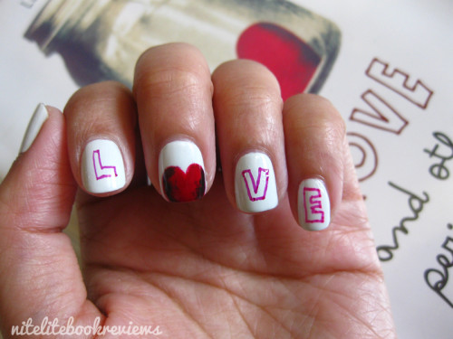 Love&OtherPerishableItems-ManicureMonday-3