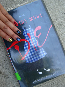 Manicure Monday (69): Dorothy Must Die
