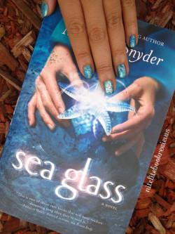 Manicure Monday (48): Sea Glass