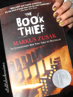 Manicure Monday (38): The Book Thief