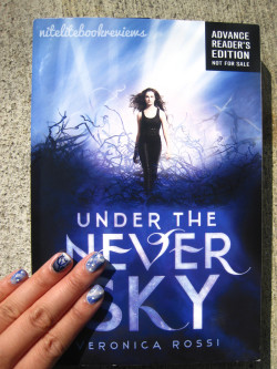 Manicure Monday (36): Under The Never Sky