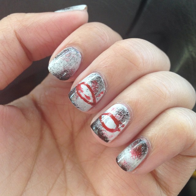 Who can guess what book is going to be on #ManicureMonday tomorrow? #manimonday #nailart #bookishnails
