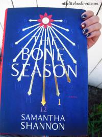 Manicure Monday (87): The Bone Season