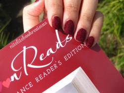 Manicure Monday (91): Velvet