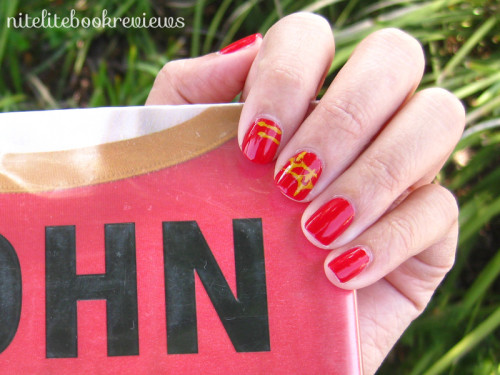 Redshirts-ManicureMonday-3