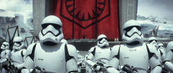 Trailer: Star Wars: The Force Awakens